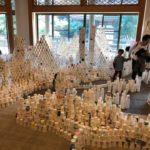 曹洞宗総本山總持寺にて、GM屋嘉部正人、矢板晶一、三石恒夫が紙コップ4万個のインスタレーションを行いました